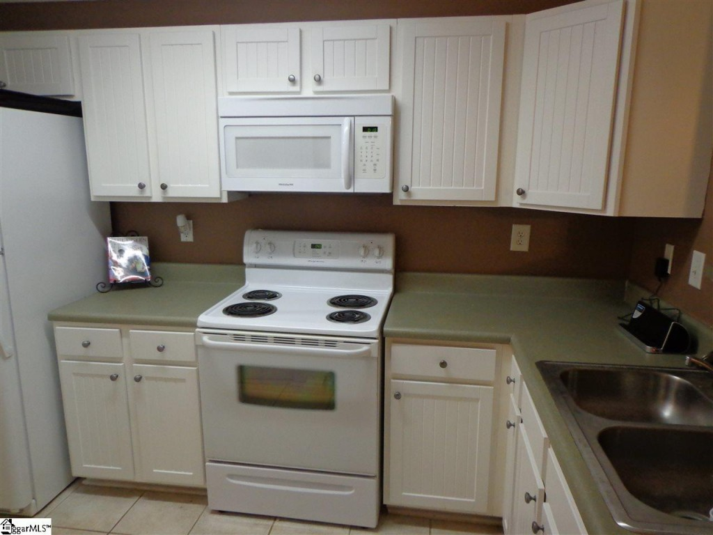 Sublease at Woodlands of Clemson