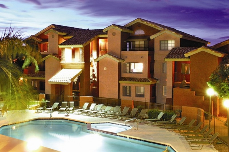 Villas on Apache- Near ASU!