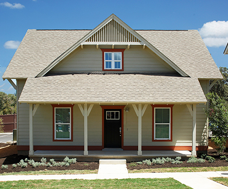First month's rent free! Capstone Cottages 4 Room Furnished Sublease