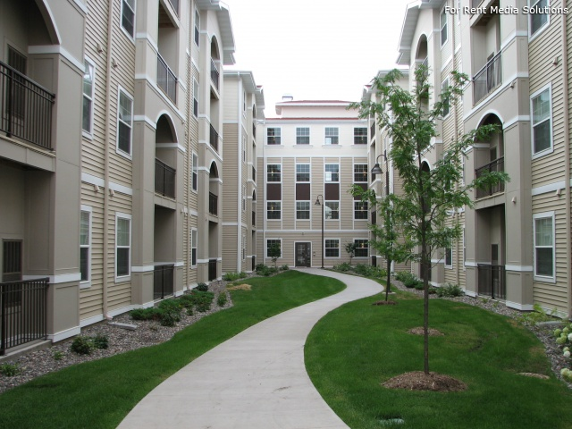 Studio Apartment University Of Minnesota apartments near university of minnesota | college student apartments