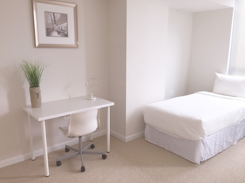 Fully Furnished Shared and Private rooms w/utilities