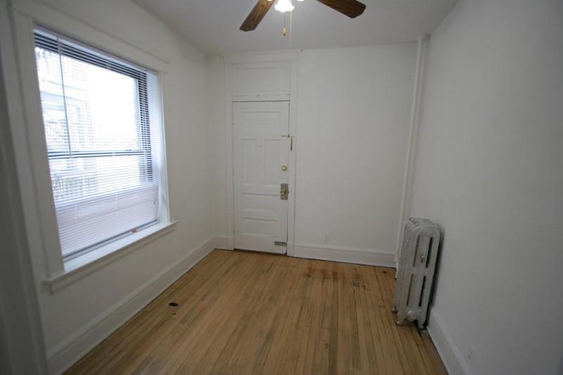 1515 E. 54th Street apartments in Chicago, Illinois