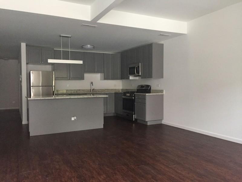 5524-5526 S. Everett Avenue apartments in Chicago, Illinois
