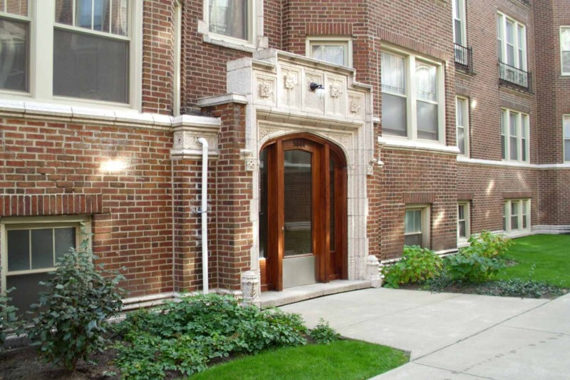 5034-5046 S. Woodlawn Avenue apartments in Chicago, Illinois