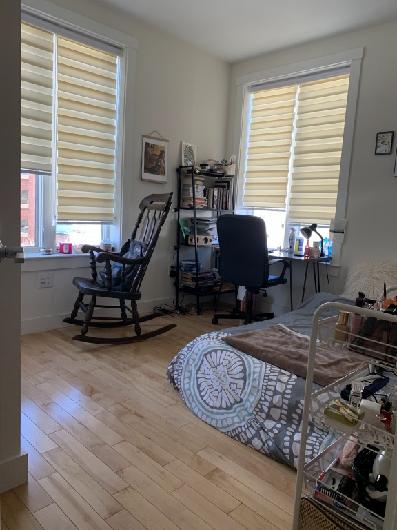$1500 / 1br - 1bath available in 2BR apartment; walk 7 min to Alewife (Cambridge)